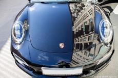 Porsche_911_Turbo_S_01