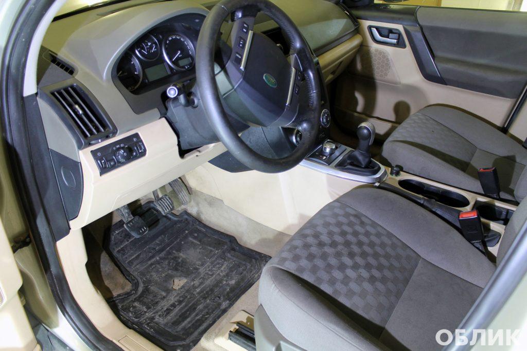 Состояние салона автомобиля до химчистки